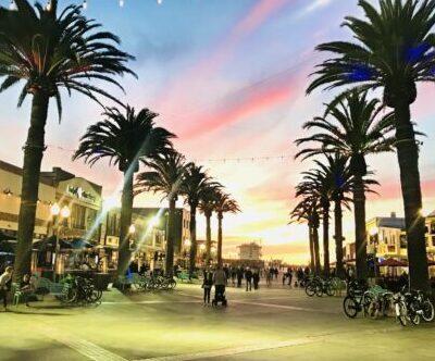 Hermosa Pier Plaza
